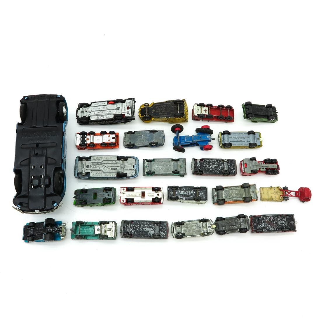 Diverse Lot of Vintage Toy Cars - 2