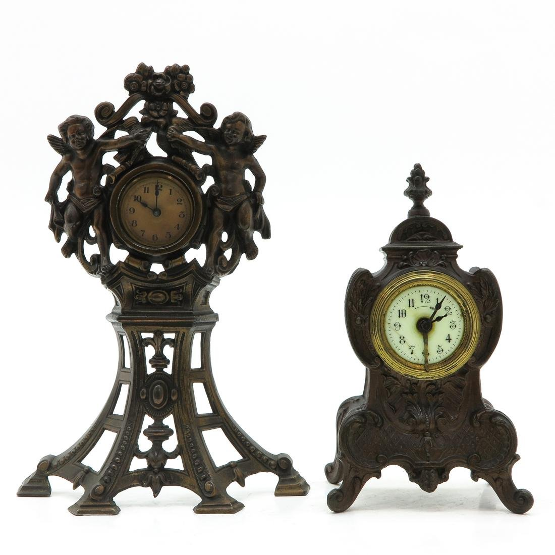 Lot of 2 Mantel Clocks