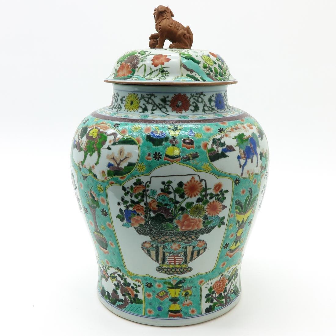 Large Famille Verte Decor Lidded Vase - 3