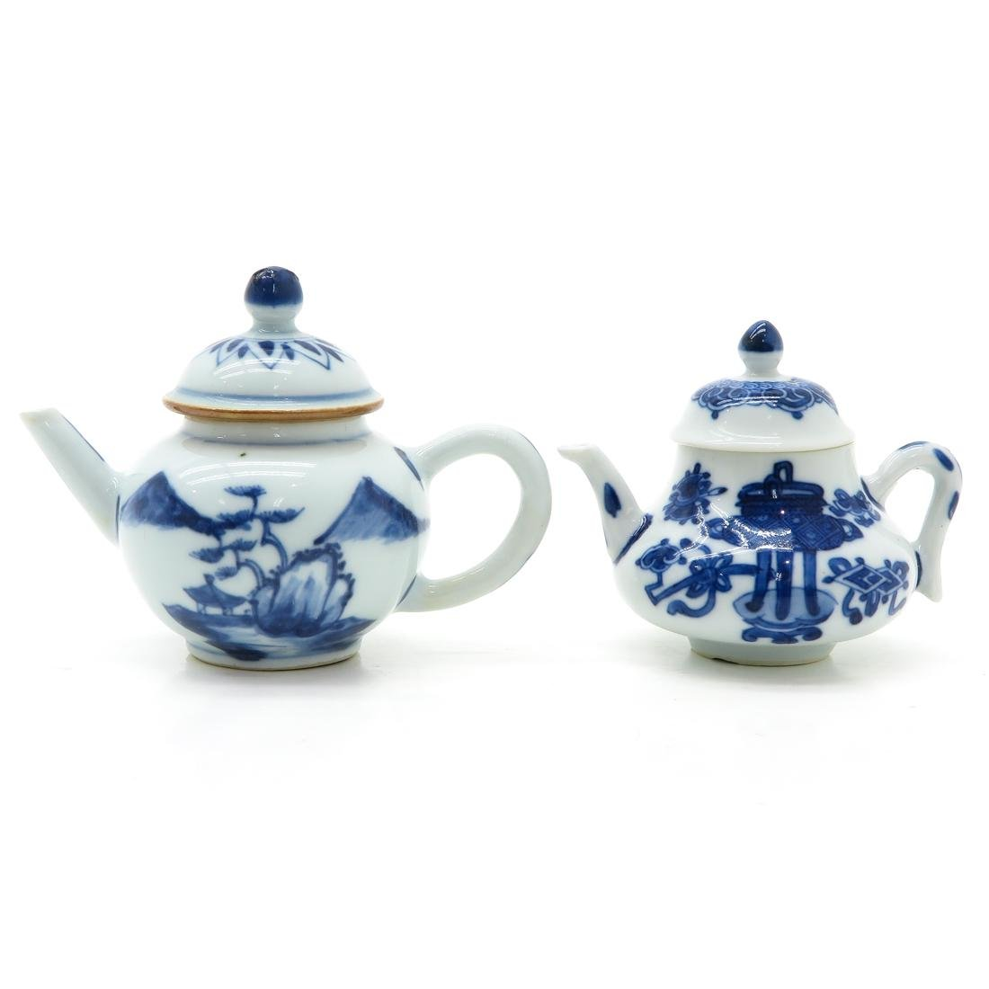 Lot of 2 Small Teapots