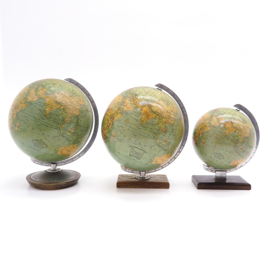A Lot of 3 Columbus Erdglobus Globes