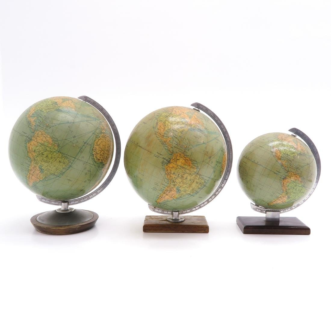 A Lot of 3 Columbus Erdglobus Globes - 3