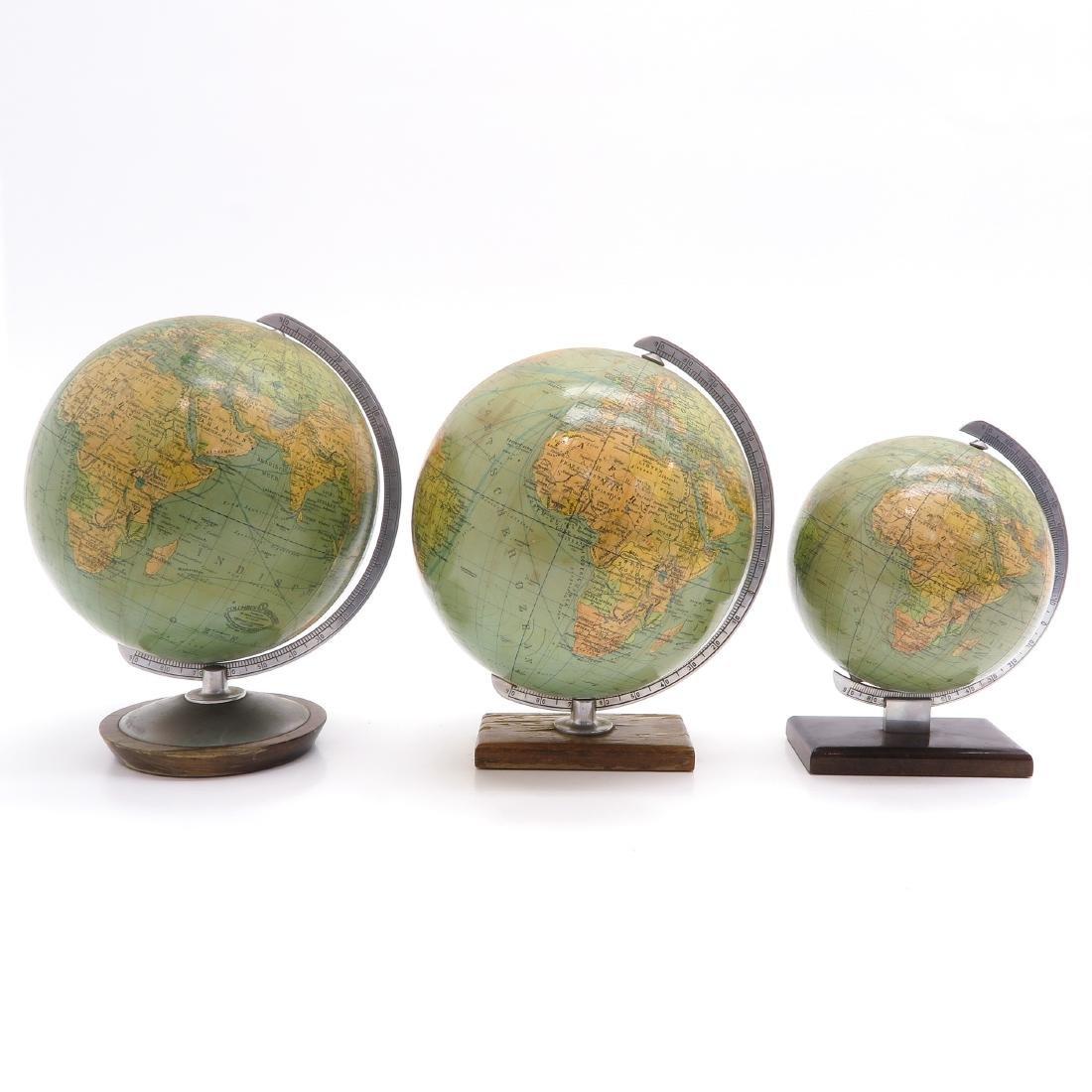 A Lot of 3 Columbus Erdglobus Globes - 4