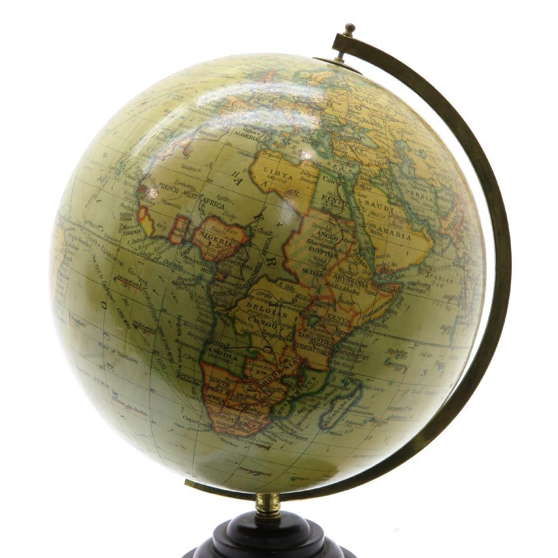 A Geographia Terrestrial Globe 1950 - 4