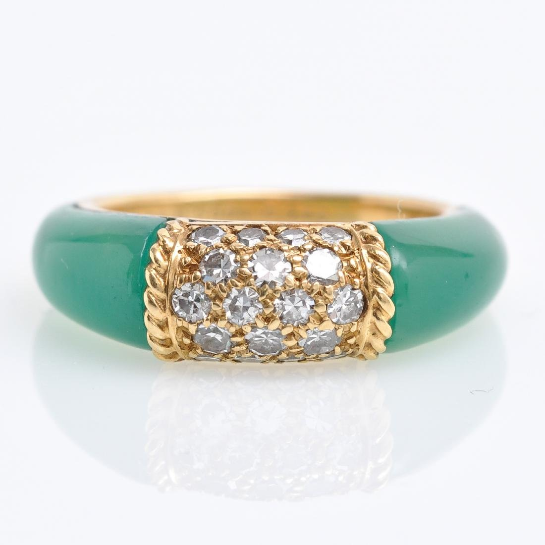 An 18KG Van Cleef & Arpels Chalcedony and Diamond Ring