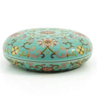 A Famille Rose Round Box and Cover