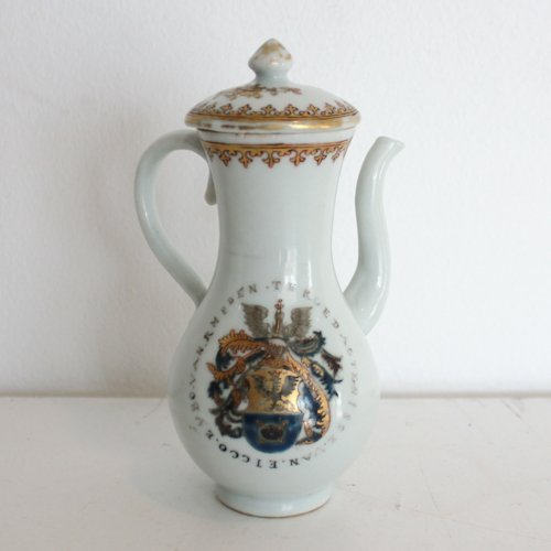 Chine de commande 1751 Chocolate Pot & Lid