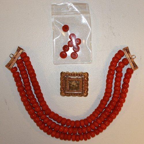 Volendam Red Coral Necklace