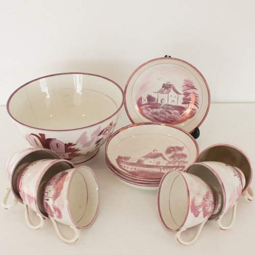 11 Pieces of cup, saucers and bowl