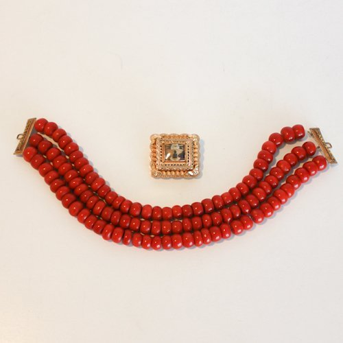 19th Cent. Red Coral Necklace with 14KG Volendam Clasp