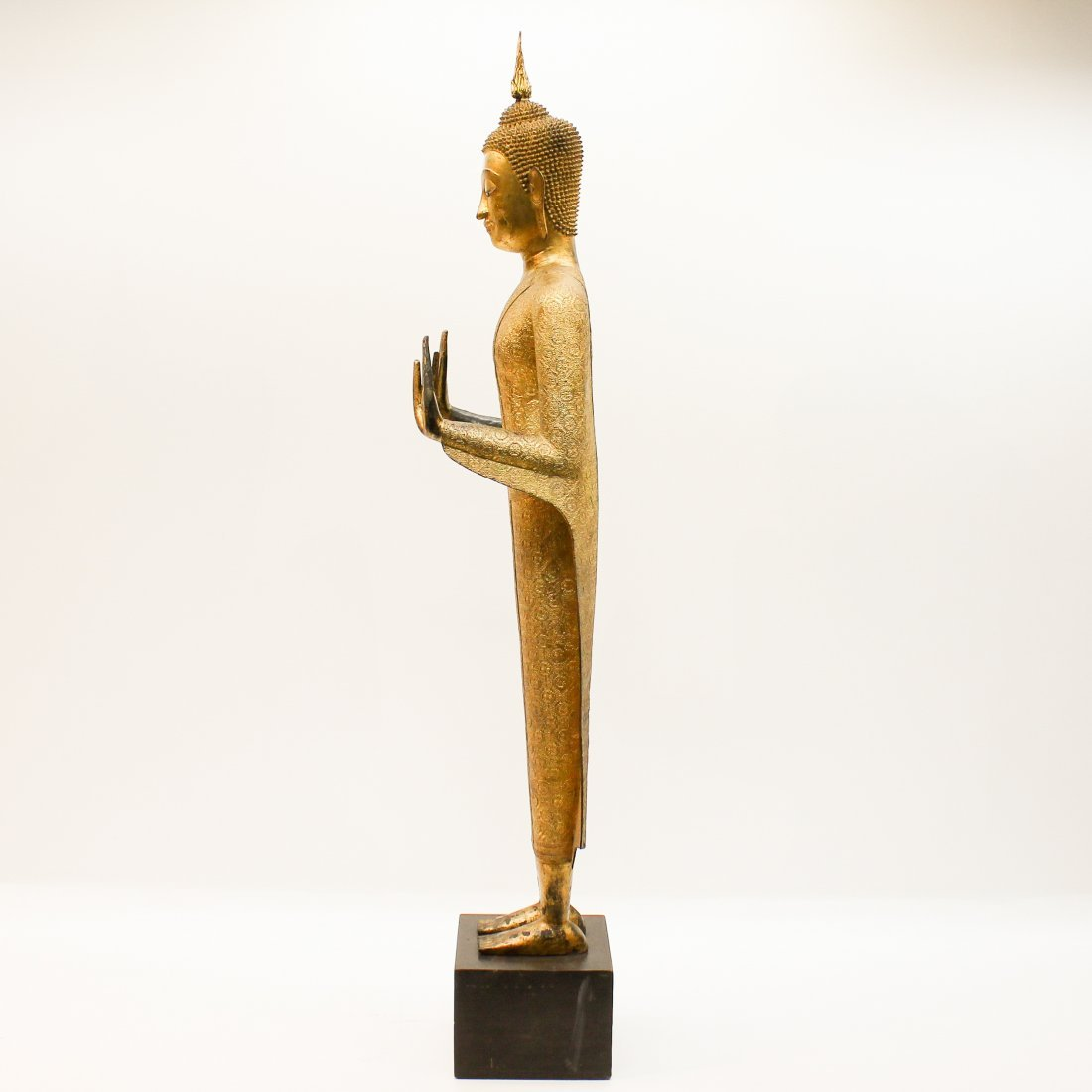A Fine 19th Century Bronze Gilt Buddha in Abhaya Mudra - 2