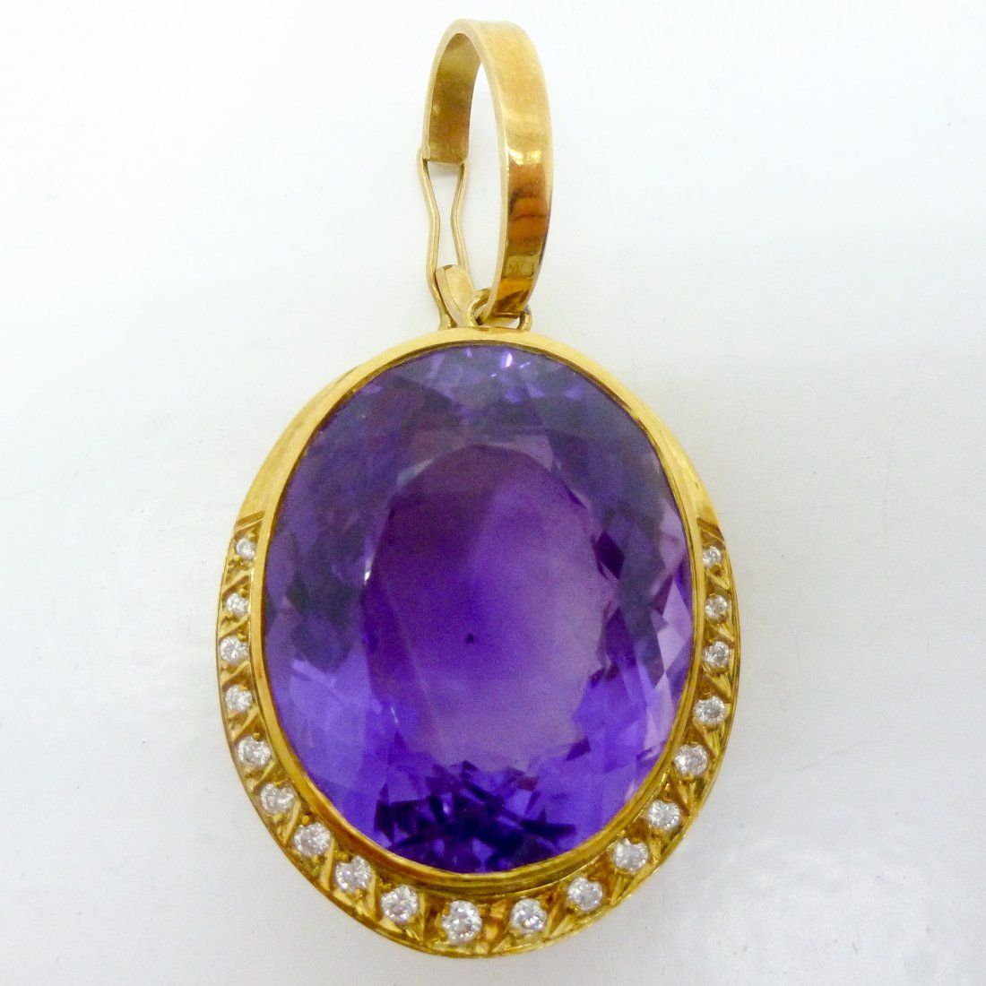 A Very Large Fine 18KG Amethyst and Diamond Ladies
