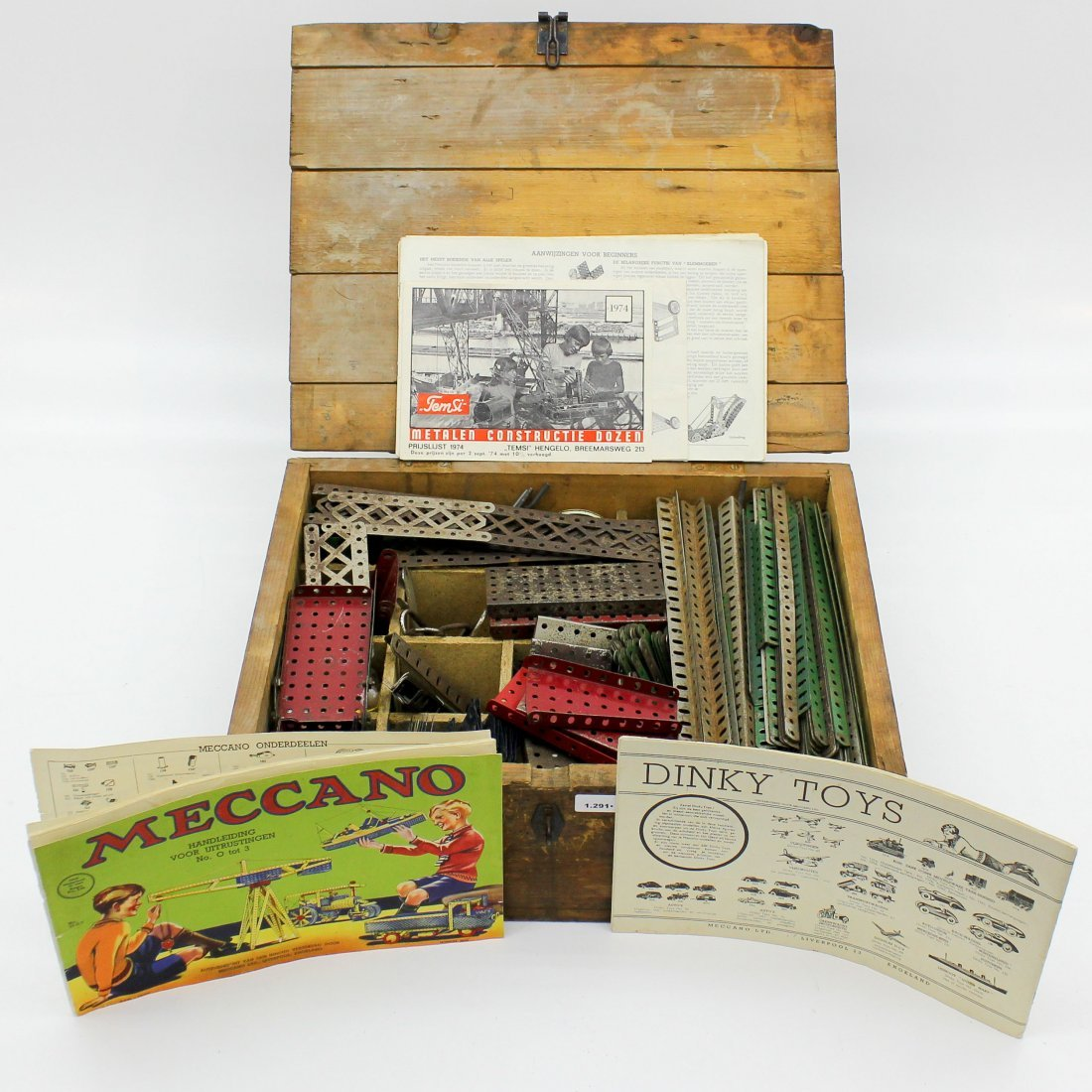 Meccano Toy Box with Old Metal Construction Toys