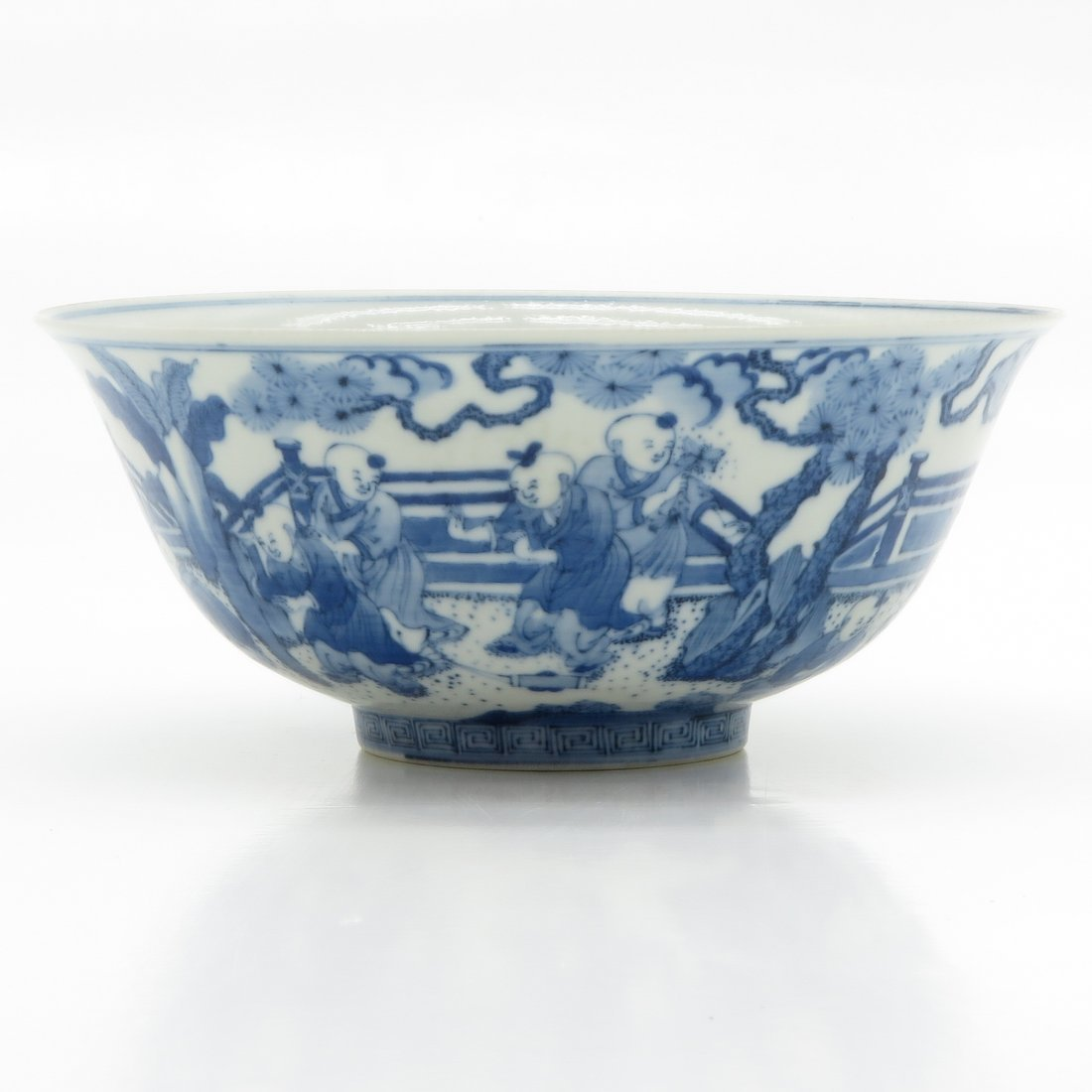 Tongzhi Period China Porcelain Bowl
