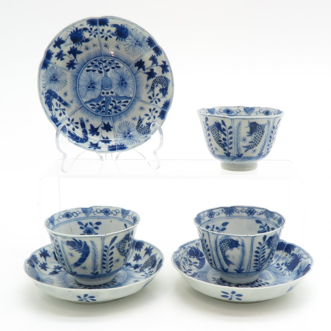 18th Century Kangxi Period Cups and Saucers