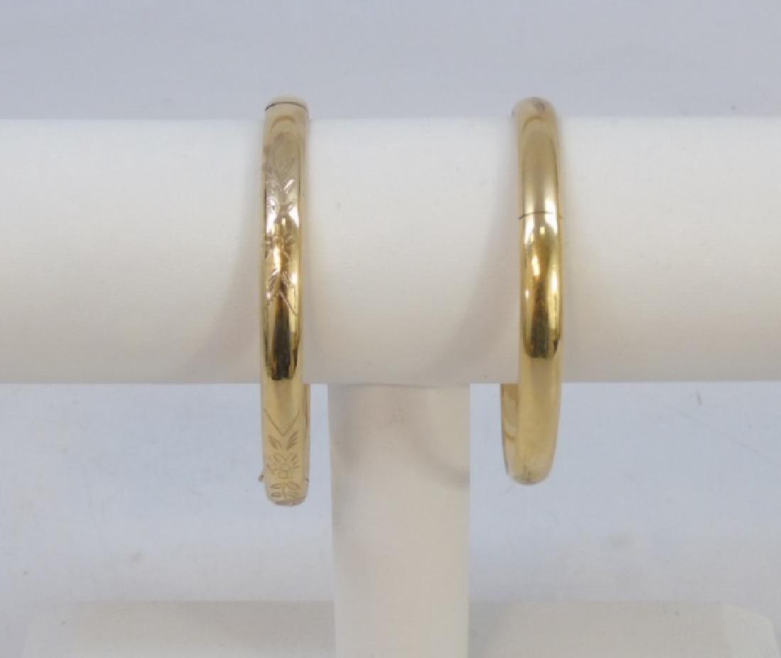 Pair Estate Etched 14k Yellow Gold Bangle Bracelet