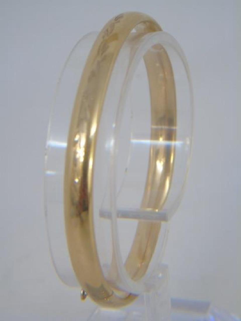 Pair Estate Etched 14k Yellow Gold Bangle Bracelet - 4