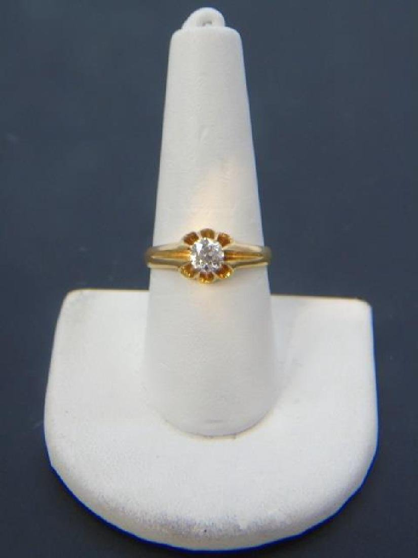 Estate English Diamond Solitaire Yellow Gold Ring - 3