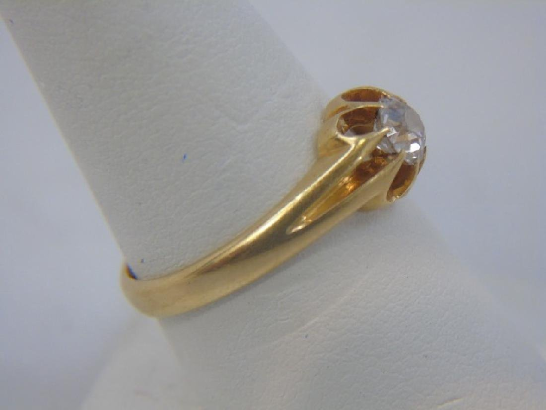 Estate English Diamond Solitaire Yellow Gold Ring - 4