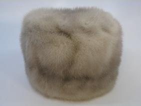 Vintage Ladies Silver Gray Mink Silk Lined Hat