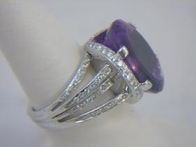 Estate 18kt White Gold Diamond & Amethyst Ring