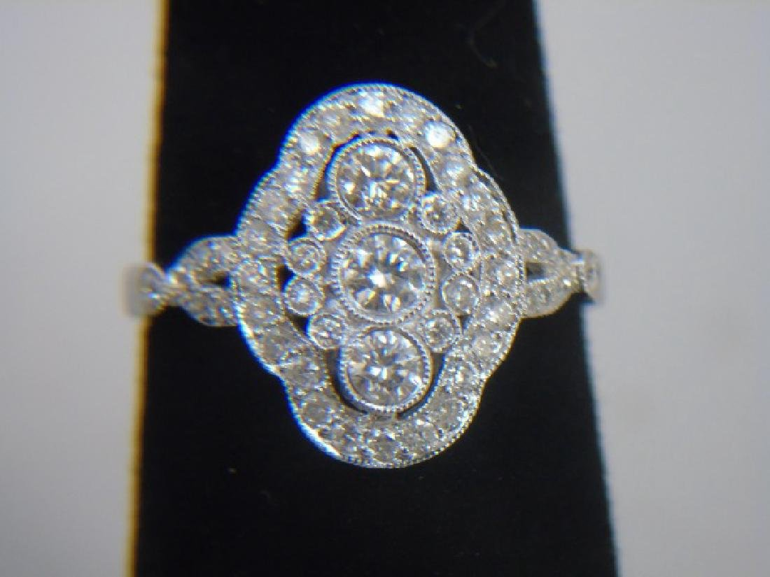 Contemporary 18kt White Gold & Diamond Ring