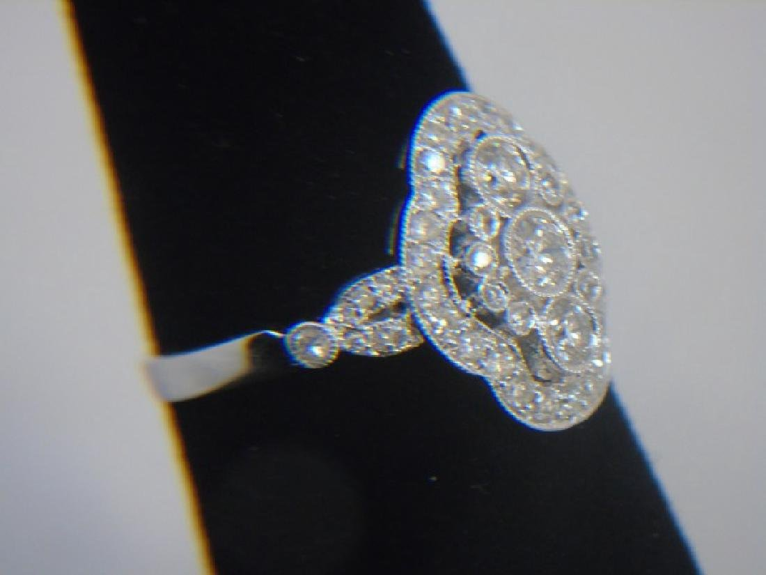 Contemporary 18kt White Gold & Diamond Ring - 3