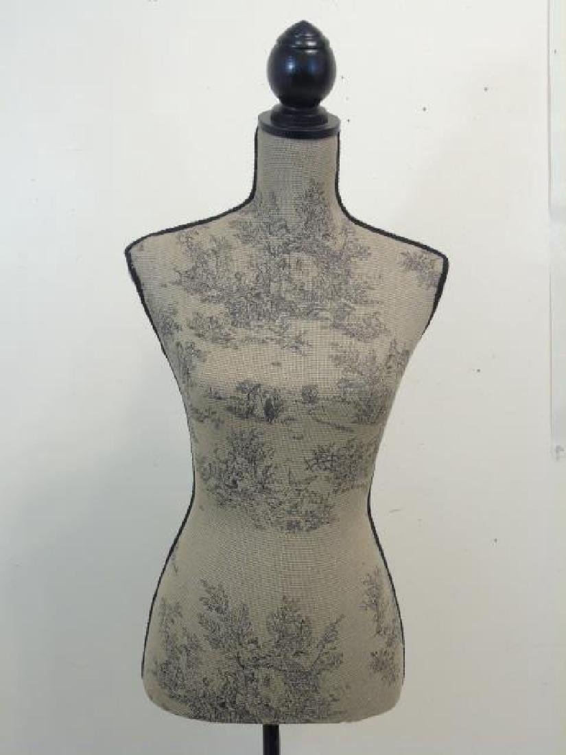 Toile-Fabric Mannequin on a Black Wood Pedestal - 3