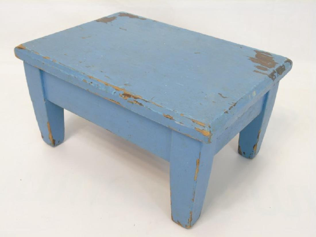 3 Rustic Blue Painted Wood Items Benches & In Box - 4