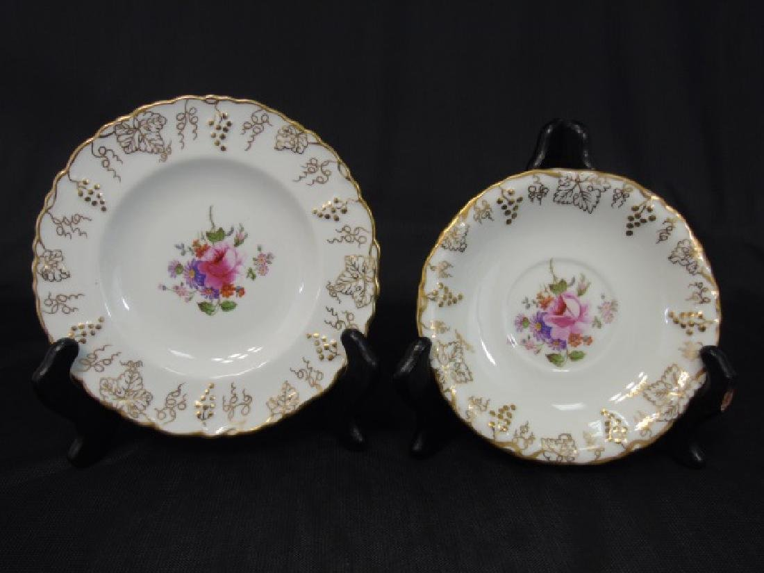 "Partial Dessert Set of Royal Crown Derby ""Vine"" - 2"