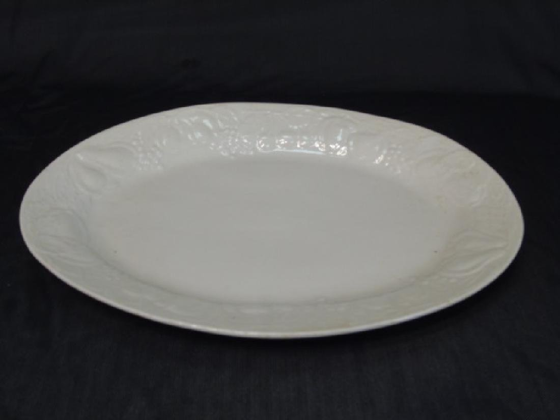 Group Blanc de Chine White Kitchen Serving Items - 2