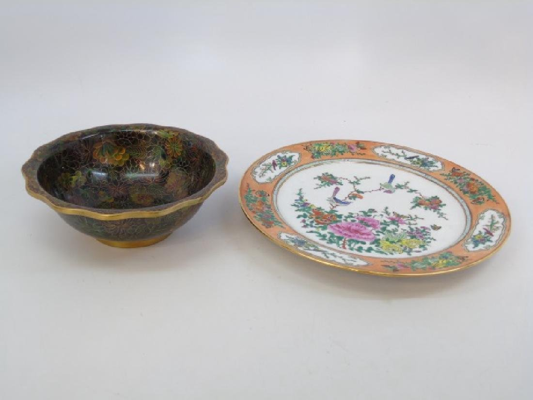 Chinese / Asian Items - Porcelain & Cloisonne