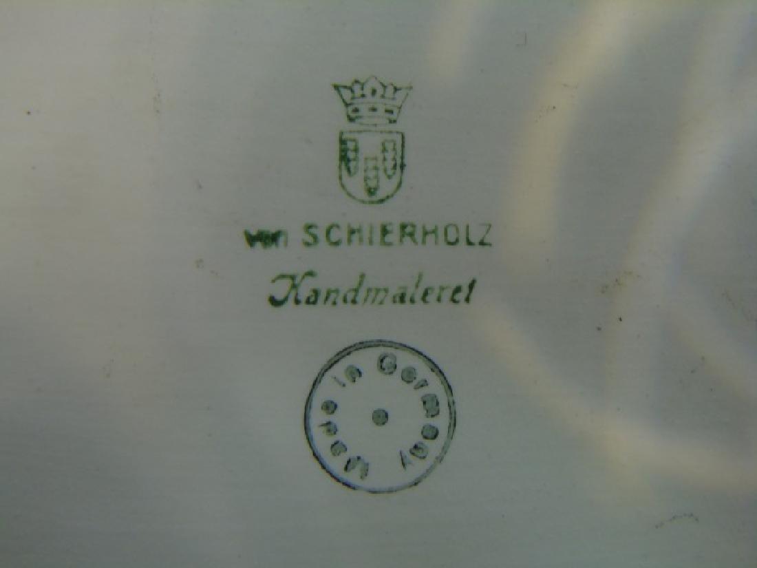 Schierholz Porcelain Detailed Bowl with 4 Cherubs - 5