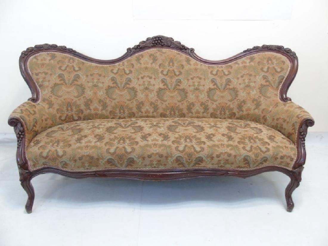 Antique American Victorian Carved Wood Settee
