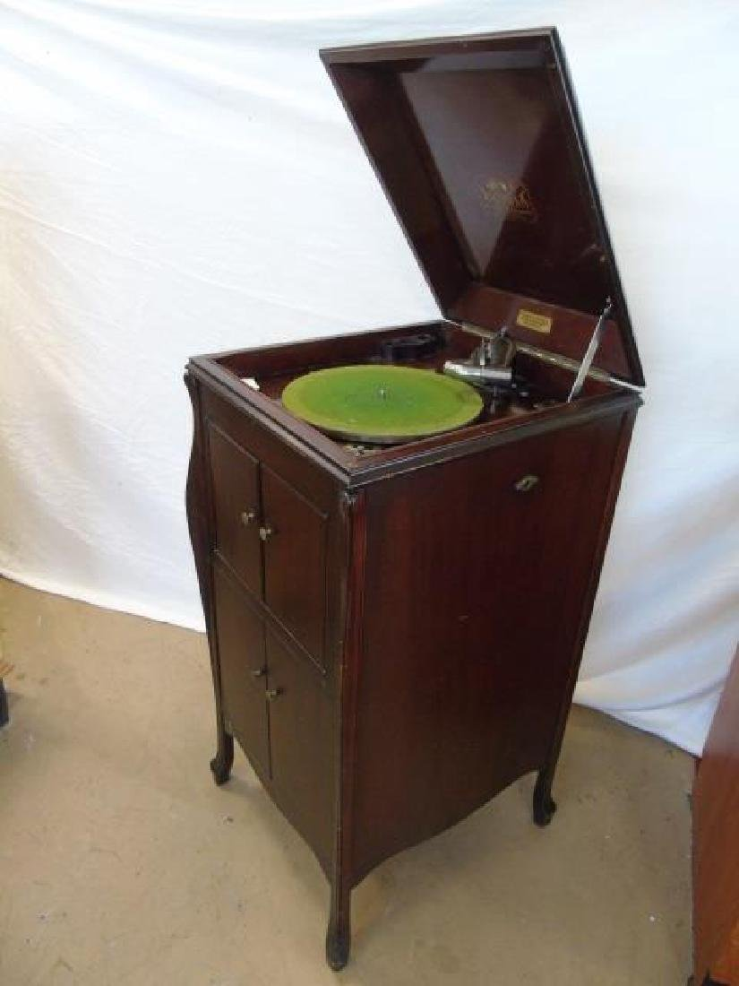 1920 Victor Talking Machine with Record Collection - 5