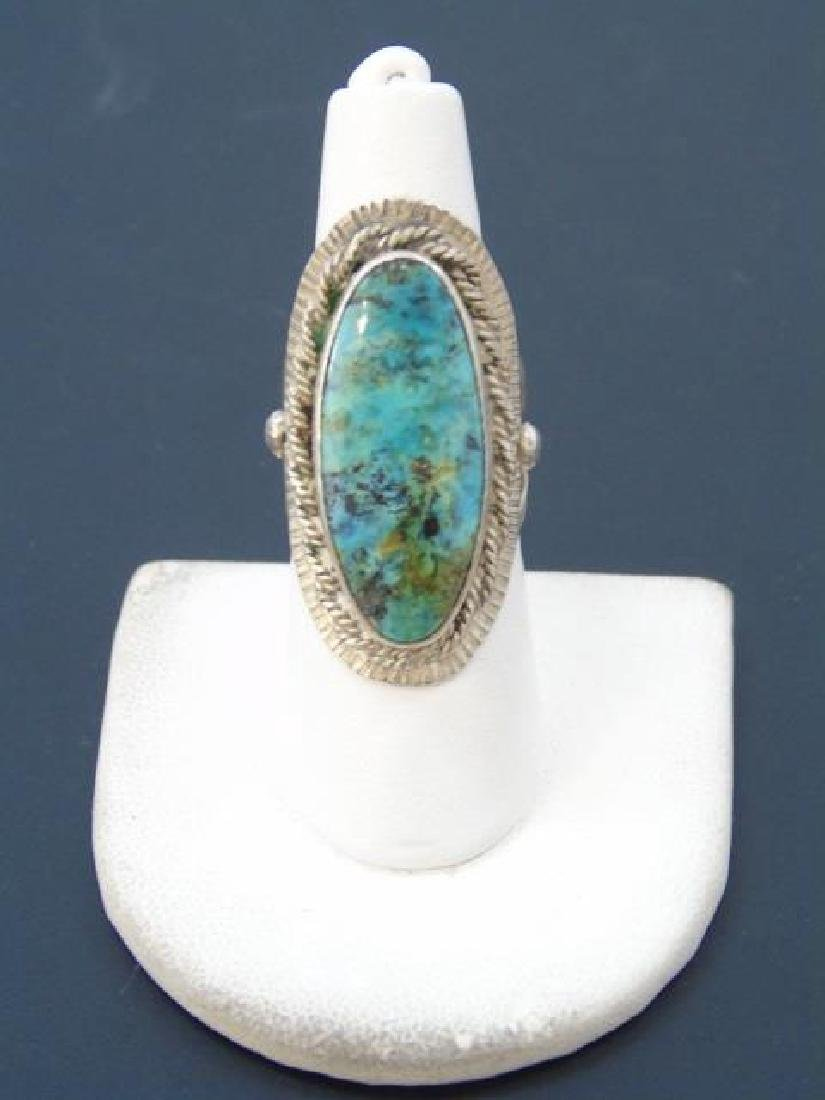 Vintage Sterling & Turquoise Native American Ring - 3