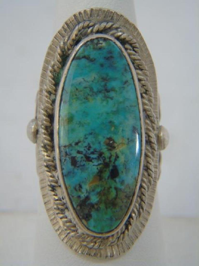 Vintage Sterling & Turquoise Native American Ring - 4