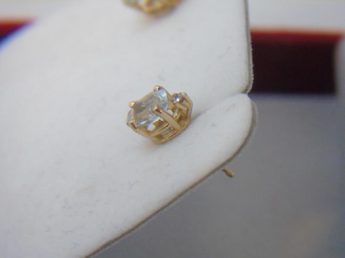 Estate 14kt Gold Aquamarine & Diamond Earrings - 4