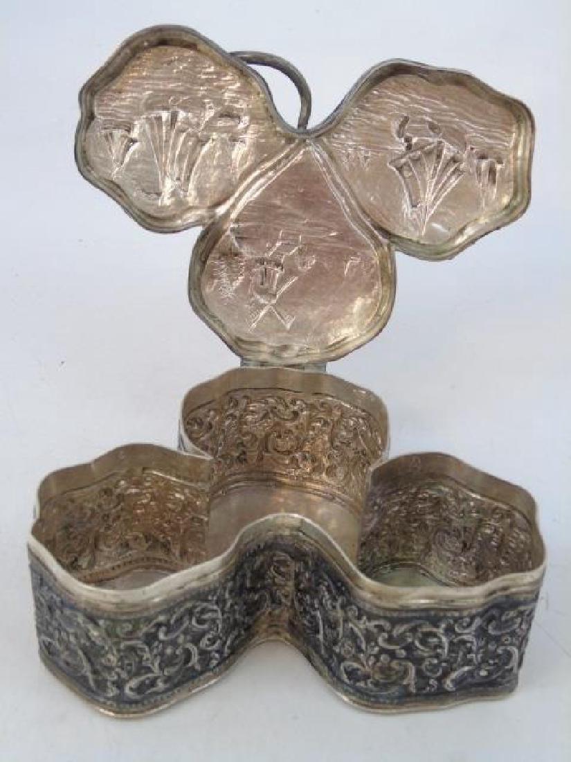 Antique 19th Dutch Silver Repousse Clover Box - 3
