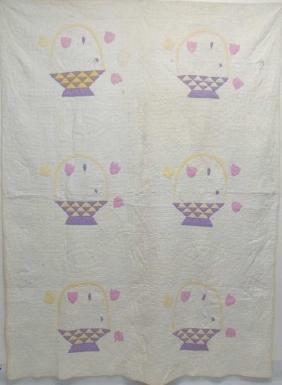 American Folk Art Floral Basket Hand Made Quilt