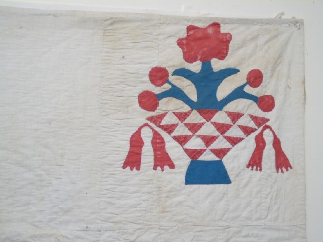 Antique American Basket Motif Hand Made Quilt - 2