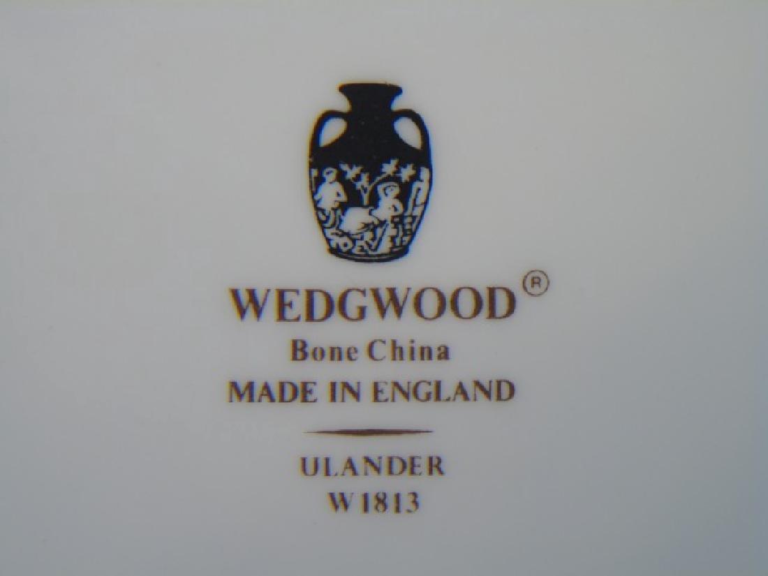 "8 Wedgwood Ulander Pattern 11"" Dinner Plates - 2"