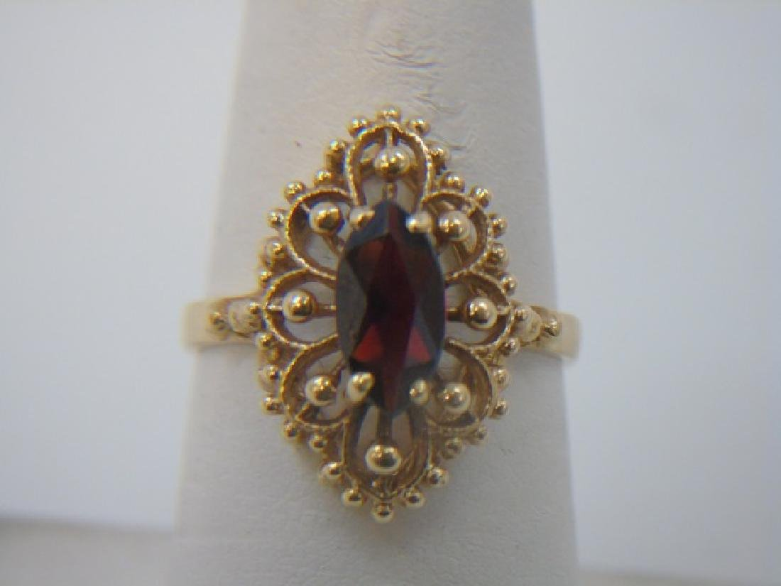 Estate 14kt Yellow Gold & Marquis Garnet Ring