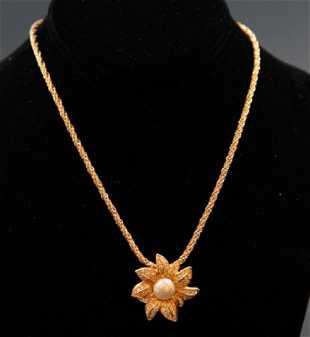 6da79d74 Vintage Christian Dior Flower Pendant Necklace Vintage Christian Dior  Flower Pendant Necklace
