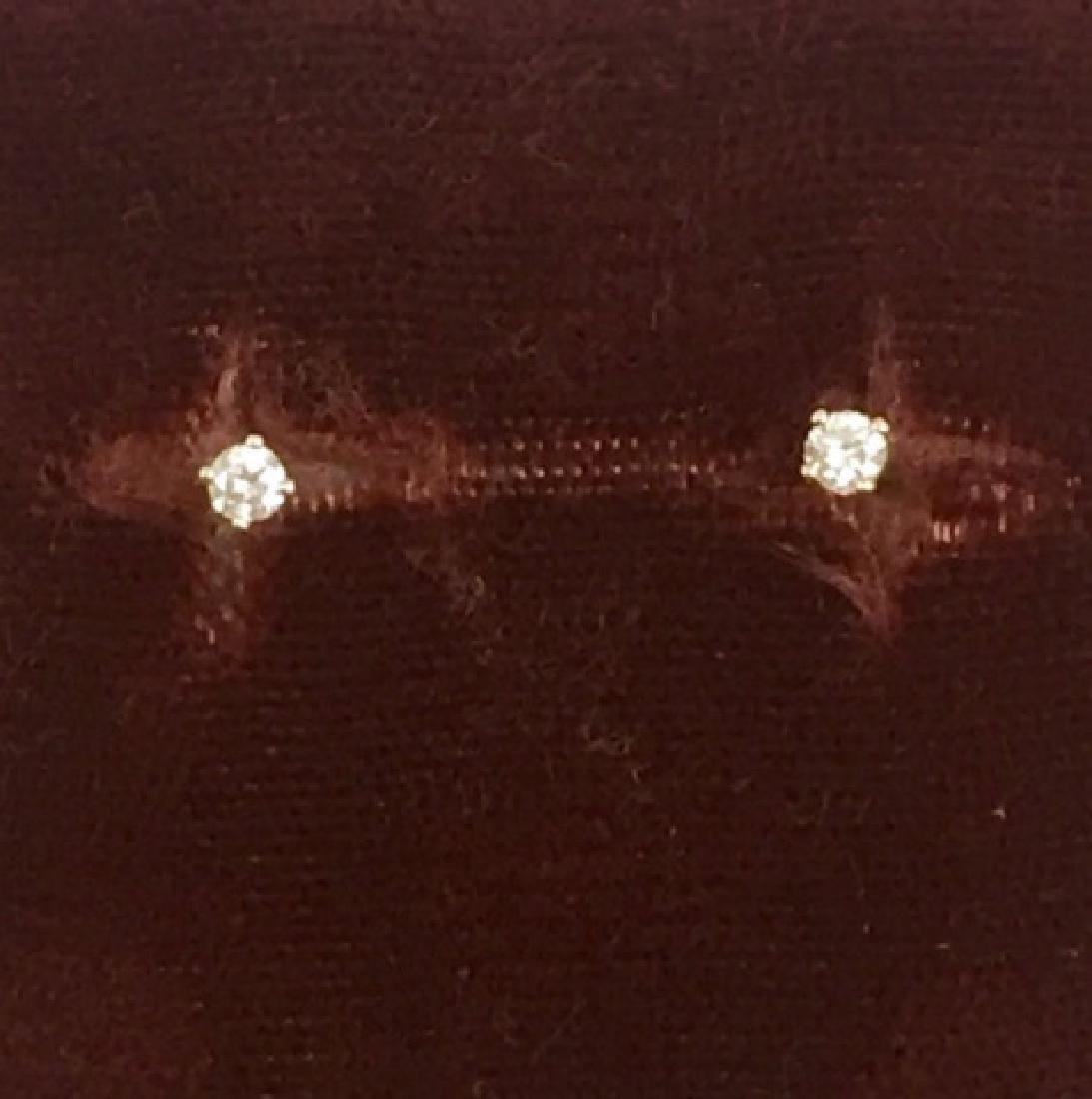 Pair Estate 14k Yellow Gold & Diamond Stud Earring