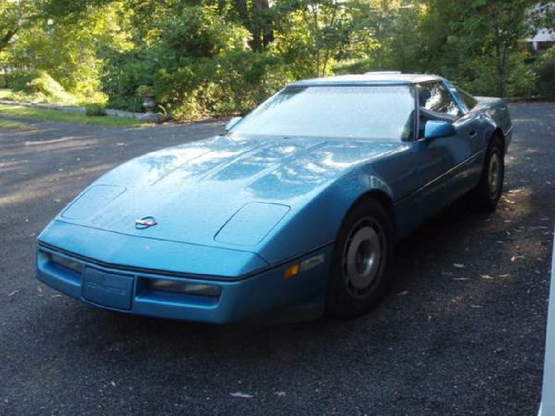 Vintage Chevrolet Corvette - 1987 / 54K Miles