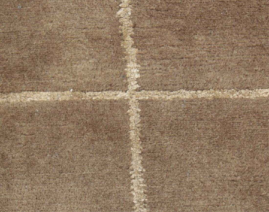 Contemporary Knotted Wool Plaid Design Carpet - 3