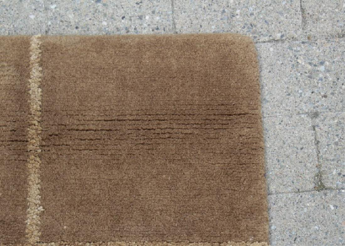 Contemporary Knotted Wool Plaid Design Carpet - 4