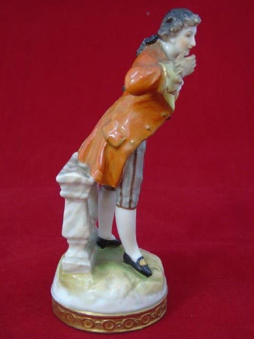 Antique Meissen Style Porcelain Figure Man Bowing - 2