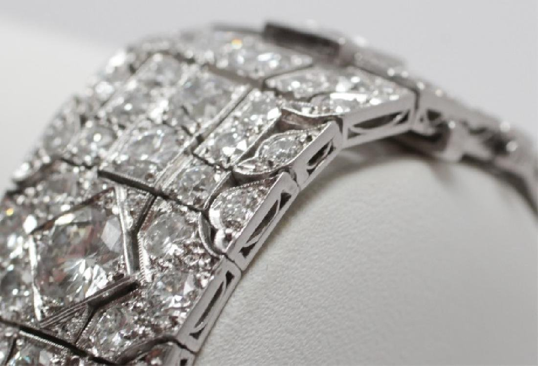 Estate Platinum Art Deco 30 Carat Diamond Bracelet - 7